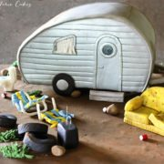 carved-white-trash-tear-drop-trailer-cake-ashlee-marie-cakes