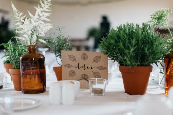 this-portnahaven-hall-wedding-went-totally-natural-by-decorating-with-potted-plants-1-600x400